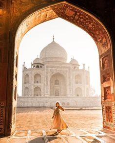 Travel, Cafe Racers and Fashion. Come with me on an adventure. Adventure Photography, Travel Photography, Travel Pictures, Travel Photos, Taj Mahal, Places To Travel, Places To Visit, Marrakech Travel, Indian Architecture