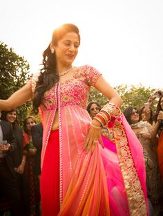 Empalada Weddings Info & Review | Wedding Photographers in Delhi,Bangalore | Wedmegood