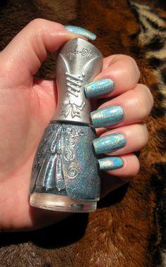 Nfu Oh Holographic Manicure