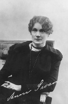 Anni Swan, Finnish author and traveller Past Life, Pretty Woman, Authors, Mythology, Fairy Tales, Acting, Literature, Nostalgia, Writer