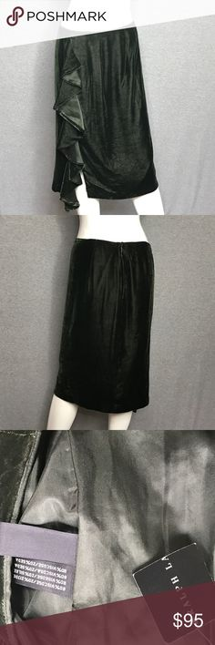 RALPH LAUREN BLACK LABEL Ruffle Skirt Size: 8 RALPH LAUREN BLACK LABEL Ruffle Skirt Size: 8.  The label has been removed.  It still has the tags on it as well as content tags. Ralph Lauren Black Label Skirts Midi