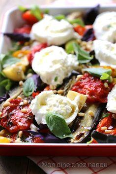 aubergines , poivrons , courgettes, burrata , basilic