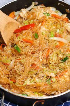 Rice Noodle Recipes, Stir Fry Recipes, Thai Recipes, Asian Recipes, Vegetarian Recipes, Chicken Recipes, Dinner Recipes, Cooking Recipes, Healthy Recipes