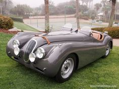 1949 Jaguar XK 120 Alloy Roadster The material which I can produce is suitable…