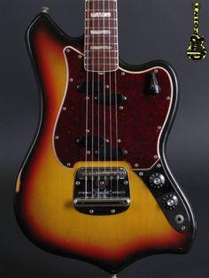 Fender Custom 1968 3tone Sunburst