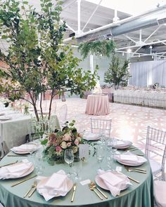 Congrats Leah and Oliver ! Wow, what a perfectly magical wedding day ❤️ so much happiness and tears of joy! What Is Wedding, Magical Wedding, Wedding Table, Wedding Day, Wedding Games For Guests, Dance Floor Wedding, Wedding Furniture, Couch Design, Wedding Decorations