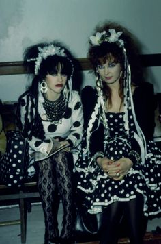 View and license Strawberry Switchblade pictures & news photos from Getty Images. Sixties Fashion, Punk Fashion, Gothic Fashion, 80s Goth, Punk Goth, Wall Of Sound, New Romantics, All I Ever Wanted, Girl Bands