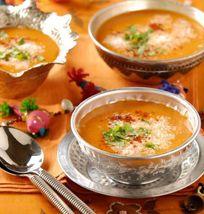 Sopa india de coco y tomate