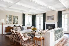 Five Timeless Interior Design Trends - The Front Porch // Cliff Whearley. Photo by Tessa Neustadt for Amber Interiors. Beige Living Rooms, Living Spaces, Living Room Furniture, Living Room Decor, Rustic Furniture, Antique Furniture, Modern Furniture, Furniture Sets, Dining Room