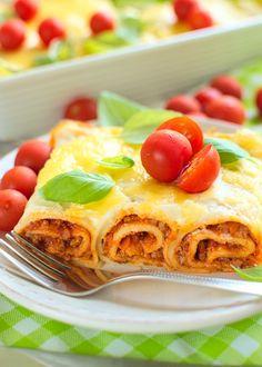 Naleśniki zapiekane po bolońsku (a'la lazania) Lasagna, Waffles, Tacos, Food And Drink, Mexican, Pasta, Sweets, Baking, Dinner