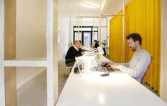 kantoorontwerp architectenbureau Friday Office for architecture Fridays Off, Conference Room, Table, Projects, Furniture, Home Decor, Log Projects, Blue Prints, Decoration Home