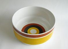 """""""Fokus"""" serving bowl. Rörstrand 1970s, Sweden. Design by Carl Harry Stålhane."""