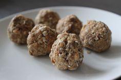 No-Bake Peanut Butter-Nutella Energy Bites | A Hoppy Medium