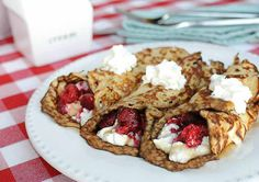 Raspberry Cream Crepes Low Carb are gluten free, keto crepes filled with ricotta and raspberries. A super tasty breakfast that is low carb and keto.