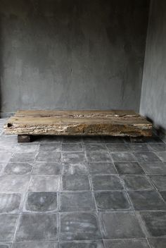 flooring and walls Japanese Aesthetic: 35 Wabi Sabi Home Décor Ideas Wabi Sabi, Nature Aesthetic, Japanese Aesthetic, Concrete Tiles, Concrete Floor, Tile Floor, Design Blog, Design Ideas, Home And Deco
