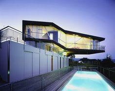 House H, Linz, Austria Caramel Architekten Cantilever