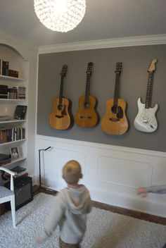 How to hang your guitars or other instruments on the wall for under $ 4 bucks!!! Simple DIY guitar wall mount.