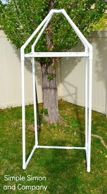 Best Ideas For Diy Outdoor Cabana Pvc Pipes Pvc Pipe Crafts, Pvc Pipe Projects, Diy Pipe, Shower Tent, Diy Shower, Diy Camping Shower, Shower Ideas, Portable Dressing Room, Douche Camping