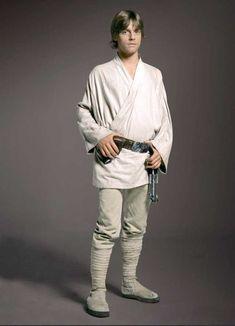 Mark Hamill as Luke Skywalker Star Wars Luke Skywalker, Luke Skywalker Costume, Mark Hamill Luke Skywalker, Anakin Skywalker, Disfraz Star Wars, Star Wars Cast, Star Trek, Film Trilogies, Princesa Leia