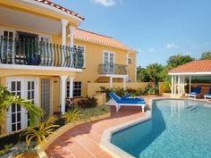 Om att bo billigt i hus eller lägenheter på öarna