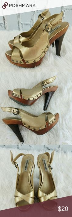 "SALE Steve Madden ""Tumbled"" Golden Heels Gorgeous  Steve Madden ""Tumbled"" Slingback Patten Leather Golden 4"" Heels. Has a few nicks in front see photo Steve Madden Shoes Heels"
