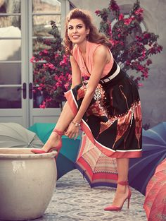 New York & Company x Eva Mendes Mila Bodysuit ($46.95) and Maddie Skirt ($64.95)