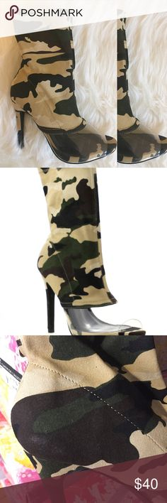 Lola Camo Bootie Fall Must-haves Host PickStrut your stuff in these beautiful booties. Their camo print textile makes them impossible to turn away from. They'll go great with that mini skirt you've been wanting to wear. Plastic peep toe 4.5 inch heel  Please note that this item is being sold at this reduced rate due to a slight discoloration on the left shoe (in the inner side of the shoe) that occurred during production of the shoe.  Please see the zoomed-in images.  **No offers…