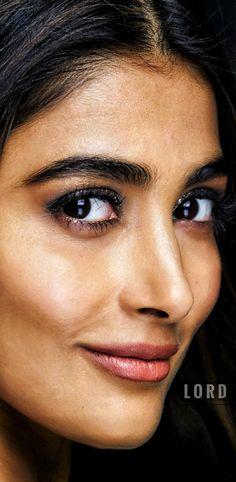 Indian Actress Pics, South Indian Actress, Indian Actresses, Most Beautiful Bollywood Actress, Beautiful Actresses, Actress Without Makeup, Beautiful Girl Image, Interesting Faces, Girls Image