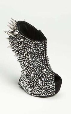 spiky #shoes
