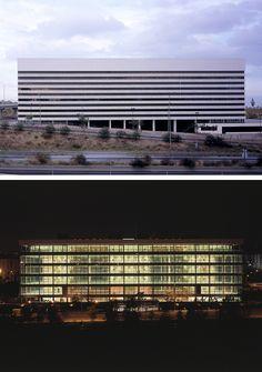 GUÍA ARQUITECTURA DE MADRID. Fundación Arquitectura COAM. Edificio Iris. allende arquitectos. Madrid, 2003