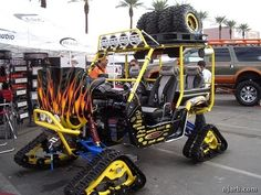 Talk about your tricked out golf cart! I need one of these!
