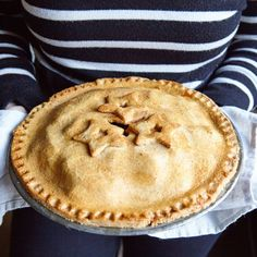 Cranberry and Apple Pie - Madeleine Shaw