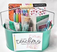 Teacher appreciation gift ideas plus free printable cards. Perfect for teacher appreciation week or the end of the school year. Teacher appreciation gift ideas plus free printable cards. Perfect for teacher appreciation week or the end of the school year. Science Teacher Gifts, New Teacher Gifts, Teacher Graduation Gifts, Teacher Gift Baskets, Pot A Crayon, Free Printable Cards, Teacher Supplies, Teacher Appreciation Week, Appreciation Cards