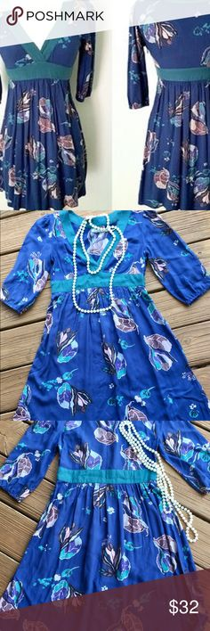 "🦋Kimchi Blue Fall Floral Dress Blues & Greens EUC 👗 NWOT - Gorgeous Kimchi Blue Fall Floral On-Trend Dress. Excellent Condition - New without tag! Beautiful Shades of Blue & Green. V-Neck with Awesome Empire Waist. Hidden Side Zipper. Pit to Pit lay flat across = 16"" W. Length = 33"". Size XS. Please see all photos.😊Smoke-free Home 👍Great Posh Reviews & Fast Shipping❤️Shop @jhp511 w/ Confidence!⭐️⭐️⭐️⭐️⭐️ Kimchi Blue Dresses"