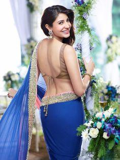 Anushka-Sharma-Back-Pose-in-Blue-Saree – Malai