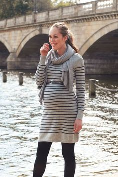 Umstands- und Stillstrickkleid Maternity and Nursing Dress / Maternity Wear for Fall / Fall Maternity Outfits Maternity Work Clothes, Fall Maternity Outfits, Maternity Nursing Dress, Stylish Maternity, Maternity Wear, Maternity Fashion, Maternity Dresses, Maternity Photos, Pregnancy Looks