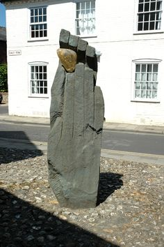 Symbol of Discovery, Chichester
