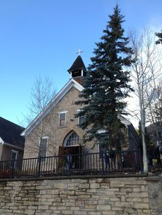 St Mary's Church  Mass Sun 8 am