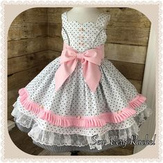 Little Girl Outfits, Cute Outfits For Kids, Little Girl Fashion, Little Girl Dresses, Kids Fashion, Baby Girl Dresses, Baby Dress, Cute Dresses, Frock Patterns