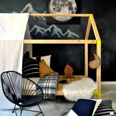 Used for S's house bed. :: Free DIY Furniture Plans // How to Build an Indoor Outdoor House Bed Playhouse + Outdoor Daybed Lounge