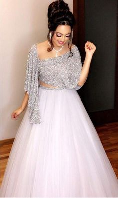 Snow White Look Indo-Western Lehenga Set Party Wear Indian Dresses, Indian Wedding Gowns, Indian Fashion Dresses, Designer Party Wear Dresses, Indian Gowns Dresses, Dress Indian Style, Indian Designer Outfits, Bridal Dresses, Evening Dresses