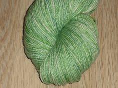 Light Green Superwash Merino Yarn - Hand Dyed Yarn - Green DK Weight Merino Yarn - Green Double Knit 3 Ply Yarn - Green Hand Dyed DK Weight by SussesSpindehjrne on Etsy