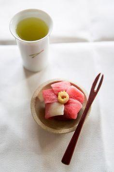 Japanese traditions_ukiyoe and wagashi