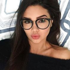 Boa noiteee   Glasses Can   Makeup in 2019   Glasses, Girls with ... 2b9c06d86e