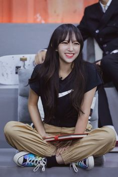Sketch Poses, Cheng Xiao, Asian Celebrities, Cosmic Girls, Kpop Outfits, Seong, Face Claims, Favorite Person, Rapper