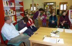 Uclés: la dinámica de una biblioteca pública en un municipio de 246 habitantes. Conoce cómo funciona su club de lectura.