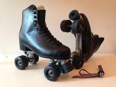 Een persoonlijke favoriet uit mijn Etsy shop https://www.etsy.com/listing/229546694/vtg-retro-womens-black-rollerskates-eu