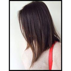 Completamente lacio… | 19 Razones por las que el lob asimétrico debería ser tu próximo corte de pelo