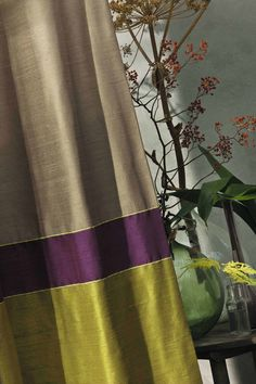 LOVE this color combination for drapery panels. Curtains And Draperies, Drapery Panels, Window Drapes, Window Coverings, Silk Drapes, Fancy Curtains, Valances, Curtain Styles, Curtain Designs