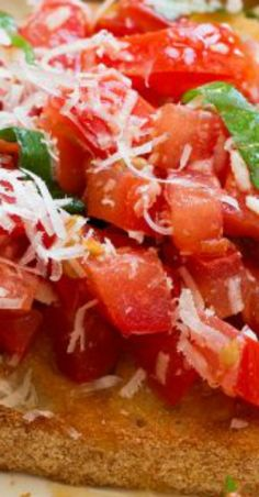 This easy bruschetta recipe is a go-to summer appetizer that will leave everyone satisfied and coming back for more. Perfect for summer parties, weeknight Easy Bruschetta Recipe, Homemade Bruschetta, Yummy Appetizers, Appetizer Recipes, Snack Recipes, Caprese Chicken, Best Italian Recipes, Homemade Sauce, Game Day Food